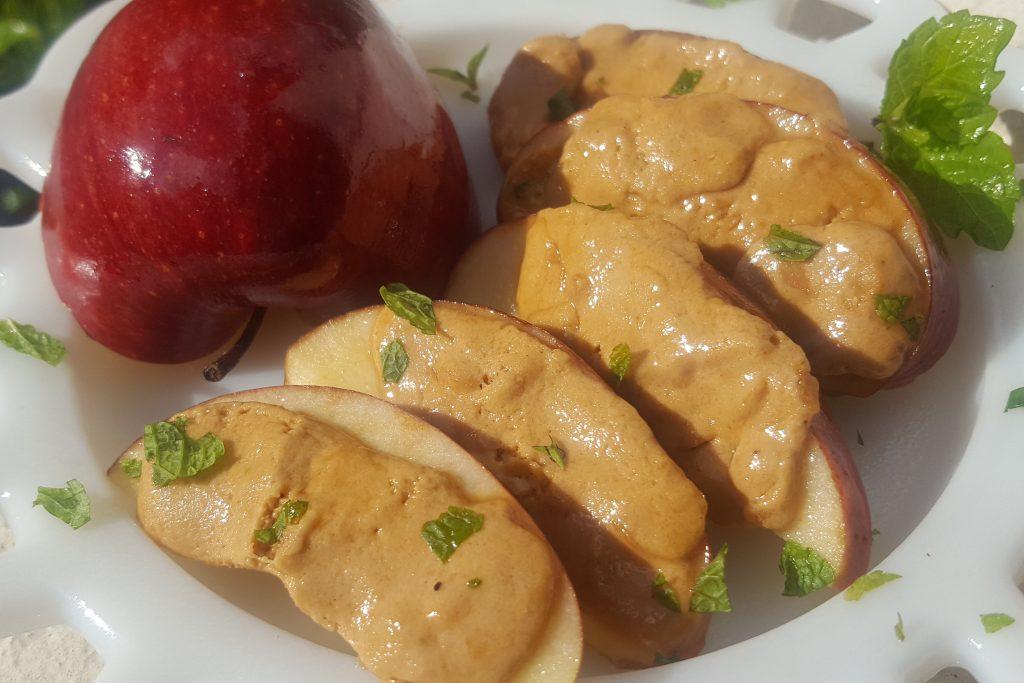 Peanut Batter Nougat and Apple Snack web